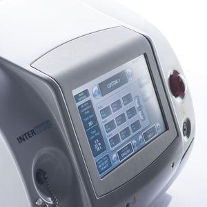 静脈瘤治療用レーザー