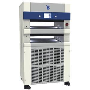 血漿用冷凍庫 / 横型 / キャスター付き / 自動霜取り式