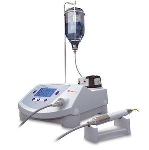 歯科手術用マイクロモーター制御ユニット