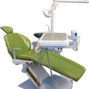 ライト付き歯科ユニット
