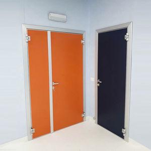 放射線医学用ドア