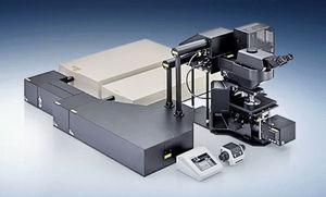 研究所用顕微鏡