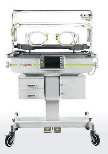 ローラー付き新生児保育器