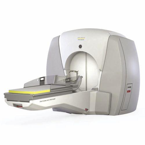 脳定位的放射線治療ガンマ コリメータ