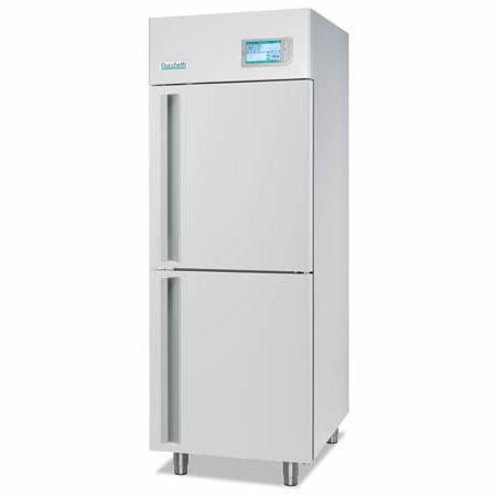 血漿用冷蔵庫