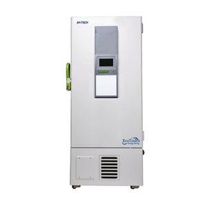 freezer de laboratório