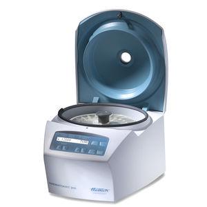 centrífuga de laboratório / de hematócritos / de bancada / compacta