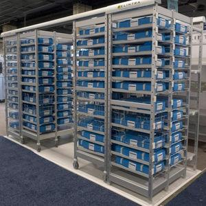 suporte de armazenamento com rodízios / modular / em alumínio / de alta densidade