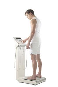 analisador de composição corporal por bioimpedância