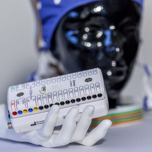 eletroencefalógrafo de 32 canais