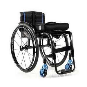 cadeira de rodas ativa / para ambientes externos / para ambientes internos / com apoios para pernas