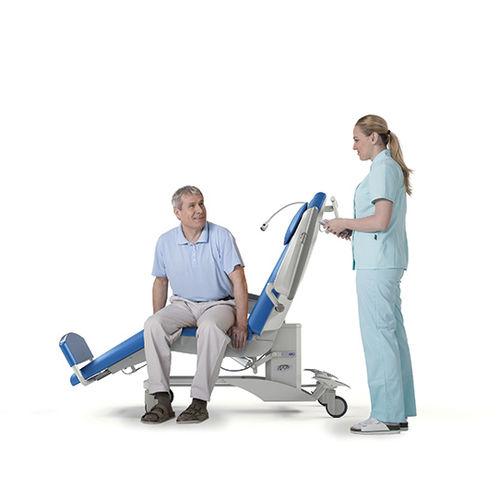 poltrona para hemodiálise elétrica / de 3 seções / de altura regulável / com rodízios