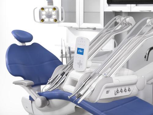 equipo para cadeira odontológica acoplado à cadeira